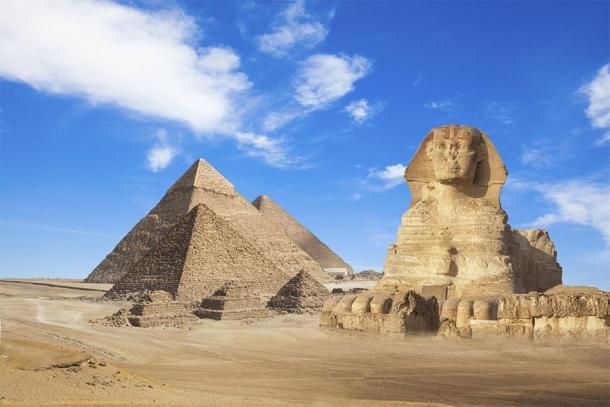 Las pirámides de Giza y Sphynx en Egipto. (merydolla / Adobe stock)
