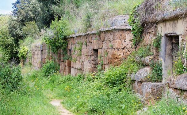 """Tombes a dados o """"tumbas de dados"""" en la Selva di Malano. (Giulio Monaldi / Flickr)"""