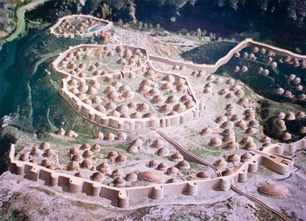 Recreación del poblado de los Millares. (José Mª Yuste / CC BY-SA 4.0)