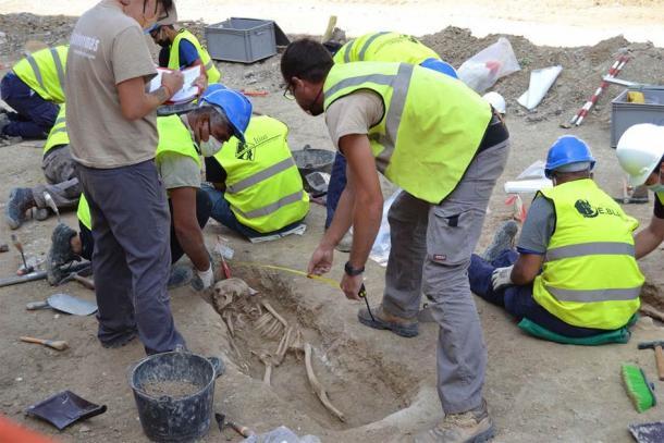 El descubrimiento de las antiguas tumbas musulmanas bien conservadas en Tauste ha proporcionado a los investigadores una gran cantidad de información genética arqueológica y antigua. (Asociación Cultural El Patiaz)