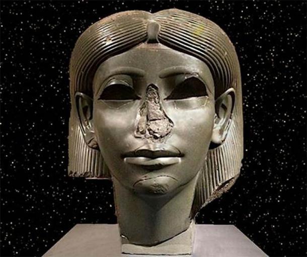 Cabeza de una hija de la realeza egipcia que data de alrededor de 1850 a. Actualmente en el Museo de Brooklyn, Nueva York. Crédito: Rodney Hale / Andrew Collins.
