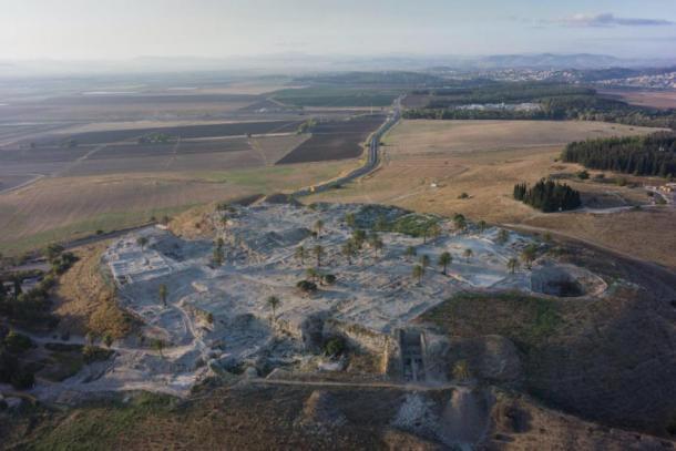 Esta imagen muestra una vista general del sitio Tel Megiddo. (Imagen: cortesía de Megiddo Expedition / Cell)