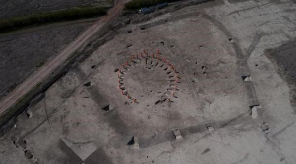 Los arqueólogos también encontraron un monumento funerario de la Edad del Hierro, que habría sido utilizado sólo por personas de alto estatus. (HS2)
