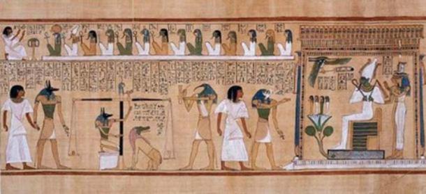 El juicio de los muertos en presencia de Osiris: Anubis trae a Hunefer al área del juicio. Anubis también se muestra supervisando las escalas de juicio. El corazón de Hunefer está pesado contra una pluma, el símbolo de Ma'at. Luego, Hunefer es llevado a la derecha en presencia de Osiris por su hijo Horus. Osiris se muestra sentado debajo de un dosel, con sus hermanas Isis y Neftis. En la parte superior, se muestra a Hunefer adorando a una fila de deidades que supervisan el juicio. (Dominio publico)