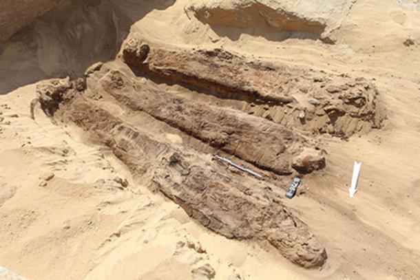 La mayoría de las momias encontradas cerca de la pirámide de Djoser fueron puestas en reposo con modestos arreglos. (J. Dąbrowski / PCMA)