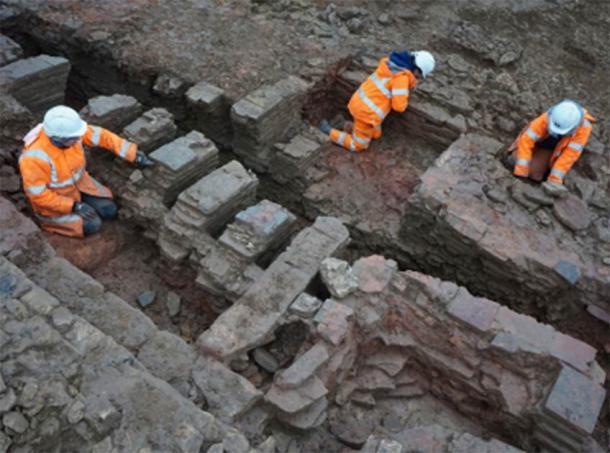 El gran horno de tejas que se está excavando. (Oxford Arqueología Este)