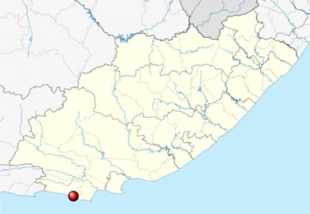 Las cuevas del río Klasies se encuentran en la fuente de la dieta de almidón en la costa del Cabo de Sudáfrica. (Htonl / CC BY-SA 3.0)