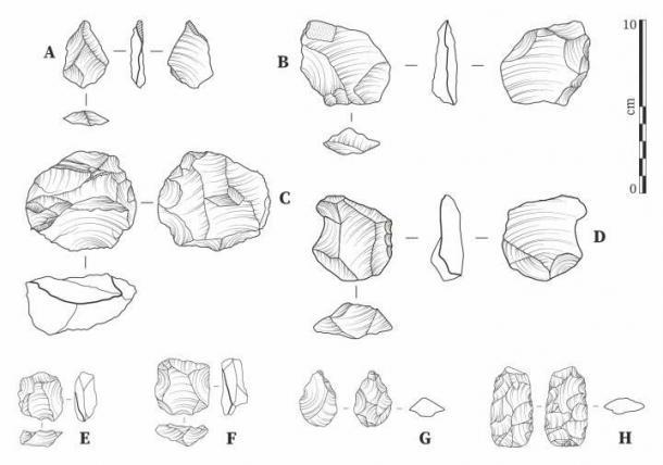 Líticas de Laminia (AD) y Saxomununya (EH). (A) escamas sin retocar; (B) escama retocada bifacialmente; (C) Núcleo de Levallois que evidencia una fractura escalonada; (D) escama / raspador con retoque lateral; (E, F) núcleos de Levallois; (G) punto foliado bifacial; (H) foliado bifacial. (Jacopo Cerasoni / Nature CC-BY-4.0)