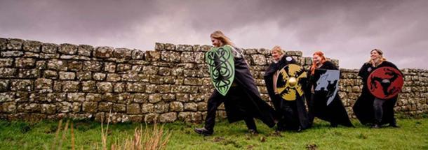 Los Vigilantes en el Muro de English Heritage están ahora presentes en cuatro fortalezas romanas a lo largo del muro de Adriano. (Herencia inglesa)