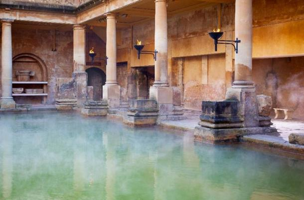 Piscina principal en los baños romanos de Bath, Reino Unido. (Anthony Brown / Adobe Stock)