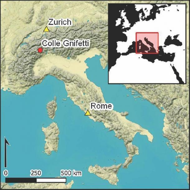 Mapa del sitio Colle Gnifetti del glaciar alpino cerca de Italia y Suiza. (Christopher Loveluck / Antiquity Publications Ltd)