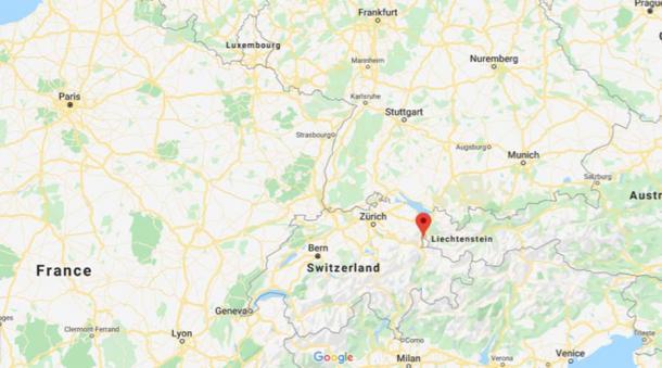La ubicación de Liechtenstein - entre Suiza y Austria (Google Maps)