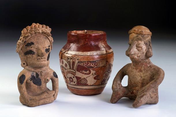 Cerámica maya descubierta en un montículo fuera de Cobán, Guatemala. Fuente: W.Scott McGill / Adobe.