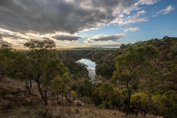 Sitio moderno de Budj Bim en Australia. (cafuego / CC BY-SA 2.0)