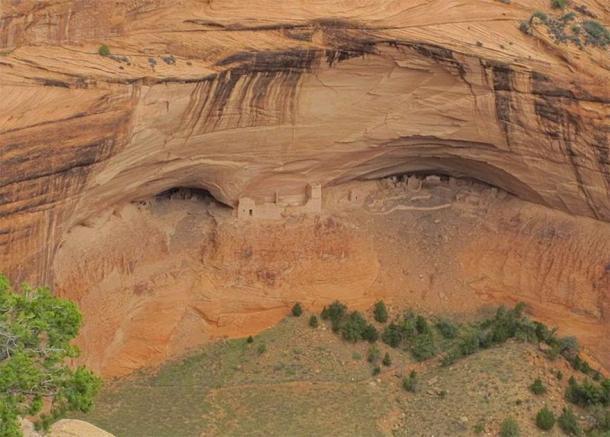 Cueva de la momia en el Monumento Nacional Cañón de Chelly. (Packbj / CC BY-SA 4.0)