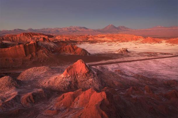 Valle de la Luna, Desierto de Atacama, Chile. (Sunsinger / Adobe Stock)