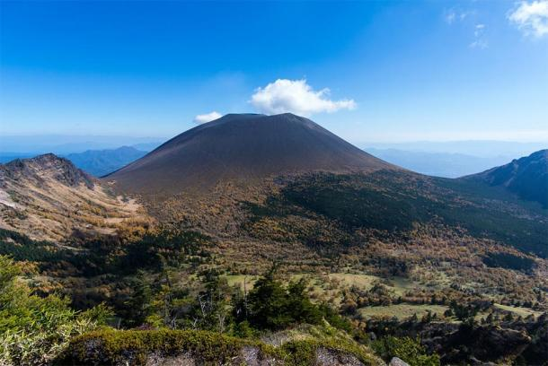 Monte Asama en Honshū en Japón. (Toru Shimizu / Adobe)