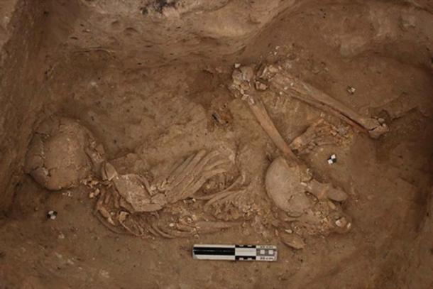Entierro neolítico en la zona sur de Çatalhöyük. (CC BY-NC-SA 2.0)