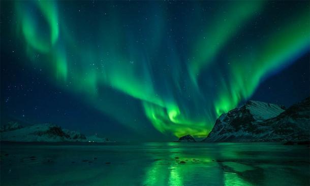 Las auroras boreales son hermosas, pero también peligrosas para la navegación de barcos. (Felix Pergande / Adobe Stock)