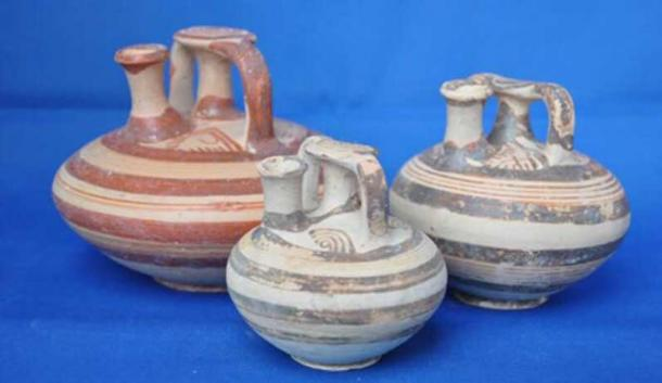 Ollas de barro griego antiguo. Fuente: Ephorate of Antiquities of Corinth