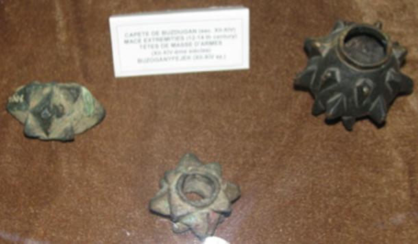 Otros tipos de cabezas de mazo descubiertas en el pasado en Rumania. (Codrinb / CC BY-SA 3.0)