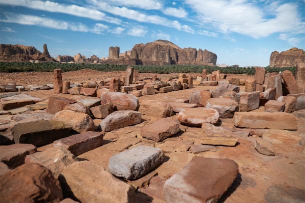 Afloramientos en las Tumbas del León de Dadan en el antiguo oasis de Al-Ula, Arabia Saudita. (hyserb/ Adobe stock)