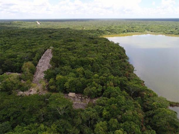 Descripción general de las ruinas de Cobá, el hogar de una reina guerrera maya. (Oscar Garza Díaz)