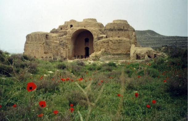El palacio de Ardashir de la antigua Persia, construido en el 224 d.C. por el rey Ardashir I del Imperio Sasánida.