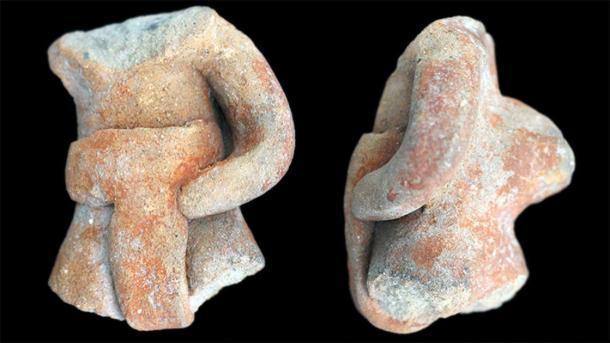 Figuras parciales de jugadores como este (que se muestran desde el frente y el costado) fueron desenterradas en un sitio de montaña en el sur de México. (J. Blomster / Universidad George Washington)
