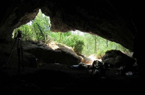 Cueva de Pešturina, donde se encontró el fósil de dientes neandertales. (Dušan Mihailović/ Autor proporcionado)