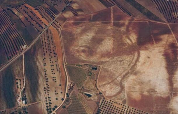 """Una fotografía aérea del complejo Perdigões en Portugal donde se encontró recientemente el """"Woodhenge"""" neolítico. (Programa de investigación Perdigões)"""