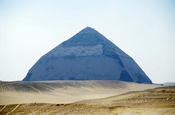 Pirámide doblada de Sneferu, Dahshur, Egipto. (CC BY-SA 3.0)