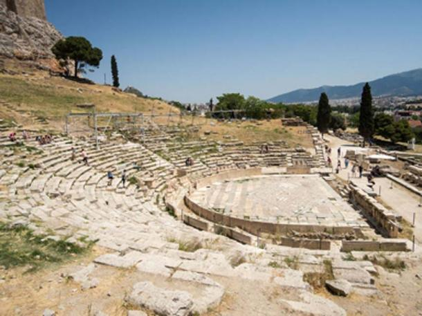 Restos del Teatro de Dionisio, Acrópolis de Atenas. (Dronepicr / CC BY-SA 2.0)