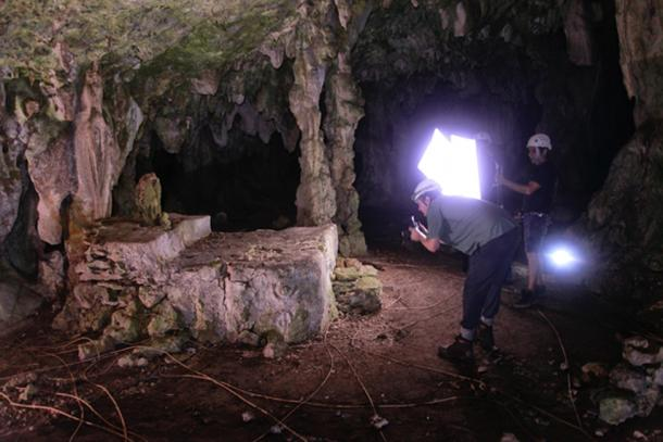 Ritual alter found in cave. (Karla Ortega / GAM Project)