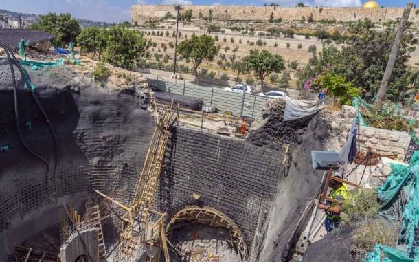 El antiguo baño ritual fue descubierto durante los trabajos de construcción en el área del jardín de Getsemaní. (Yaniv Berman / Autoridad de Antigüedades de Israel)