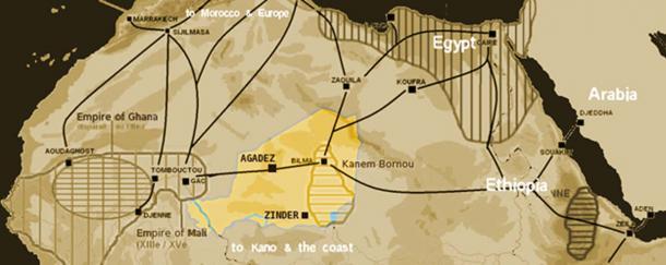 Rutas de comercio de sal del Sahara hacia 1400 con el territorio moderno de Níger destacado. (T L Miles / Dominio Público)