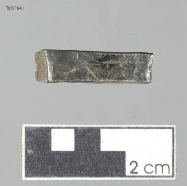 Plata encontrada en la granja Sandtorg, cerca de Tjelsund, en el norte de Noruega. Durante la época vikinga, la plata se podía usar para pagar bienes y como recurso para los plateros. (Julie Holme Damman / Museo de la Universidad del Ártico de Noruega)