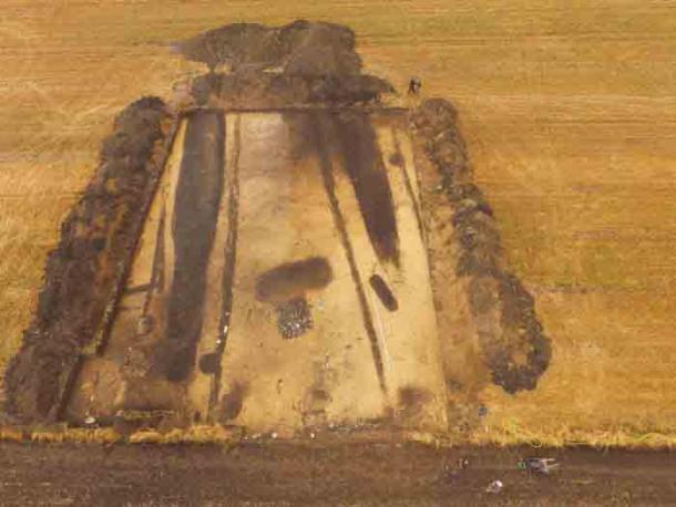 Se cree que el sitio tiene 5.500 años y es uno de los cementerios megalíticos más grandes de Polonia. (J. Bulas)