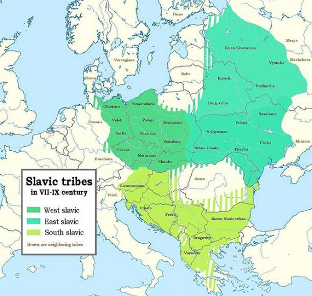 Mapa de tribus eslavas en los siglos VII-IX que muestra hasta qué punto las diferentes tribus eslavas se extendieron causando cambios en su idioma. (Jirka.h23 / CC BY-SA)