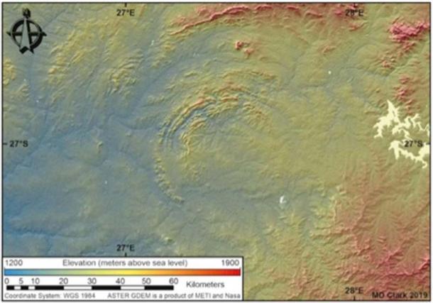 Algunos de los bordes múltiples del cráter Vredefort se han erosionado, pero desde el espacio, lo que queda es claro. (Dr. Matthew Huber / Universidad del Estado Libre)