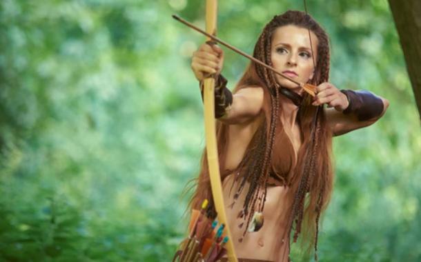Las amazonas usaban frecuentemente arcos y flechas. (dvoinik / Adobe Stock)
