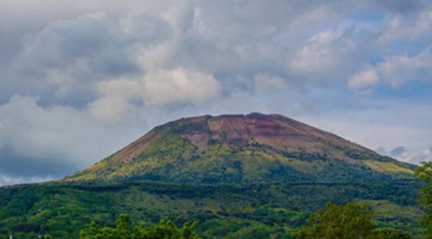 El hermoso monte Vesubio, el telón de fondo de Pompeya. (dudlajzov / Adobe Stock)