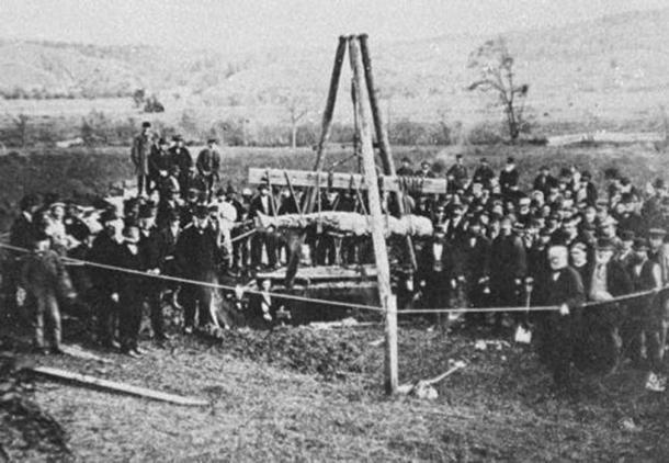 El gigante de Cardiff fue exhumado en octubre de 1869. (Dominio público)