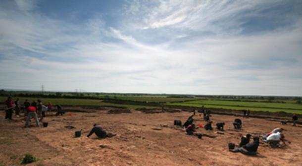 La excavación en Heslington East, mayo de 2008, donde se descubrió el cerebro de Heslington. (James Gunn / CC BY-SA 2.0)