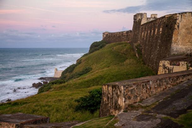 La fortificación de las inmensas paredes de San Cristobel (Labar / CC BY-NC 2.0)
