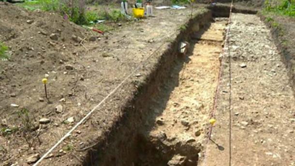 La línea de la calzada romana se encuentra al oeste de Calstock Fort, una antigua defensa romana construida alrededor del 50 d.C. (Universidad de Exeter / Uso Justo)