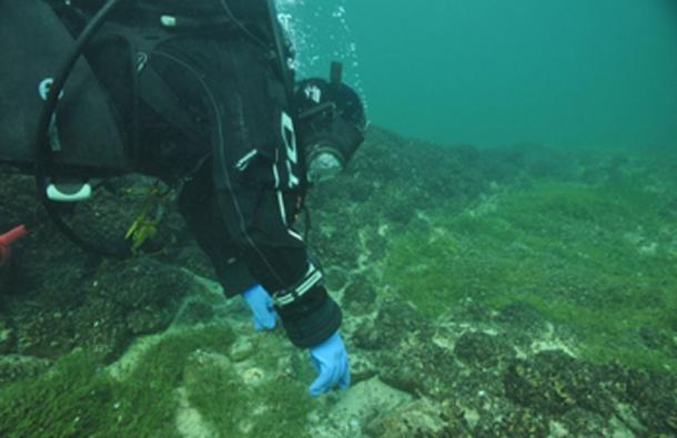 Las pilas de piedras hechas por el hombre se encontraron en el lado suizo del lago de Constanza, un lago de 207 millas cuadradas en las fronteras de Suiza, Alemania y Austria, y se está trabajando para aprender más sobre ellas. (Arqueología de Thurgau)