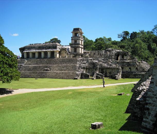 El palacio fue la sede del poder en Palenque. (© georgefery.com/ Autor suministrado)