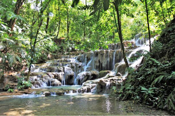 Los baños de la reina en Palenque. (© georgefery.com/ Autor suministrado)