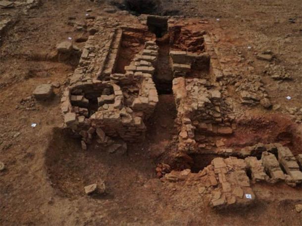 El horno de baldosas más grande completamente excavado. (Oxford Arqueología Este)